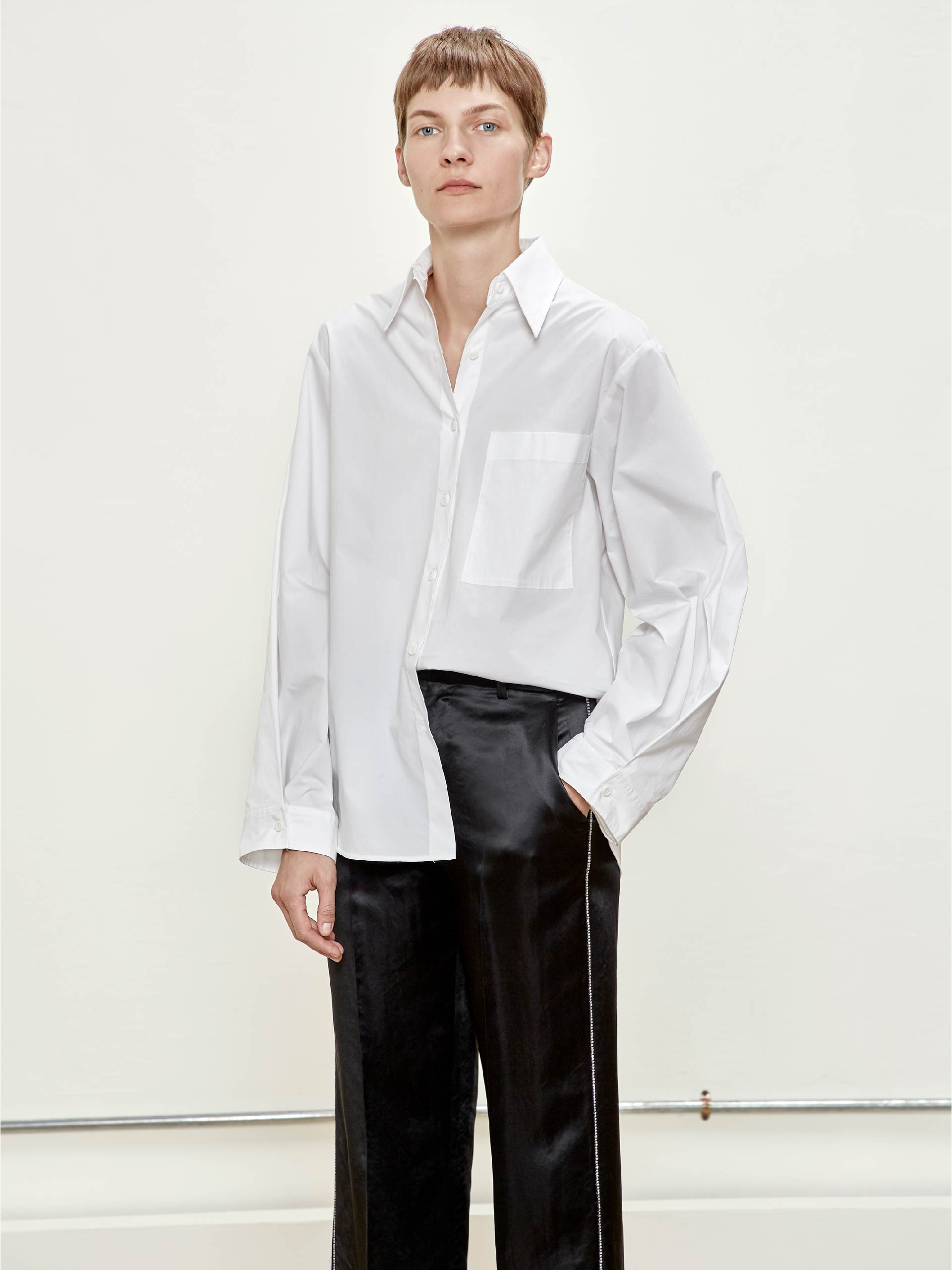 男朋友式宽松白衬衫
