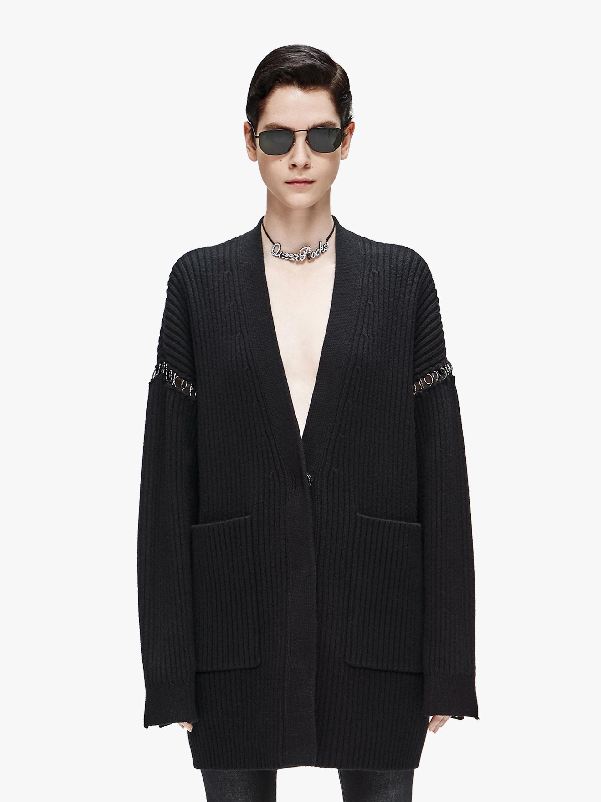 V领开襟毛衣