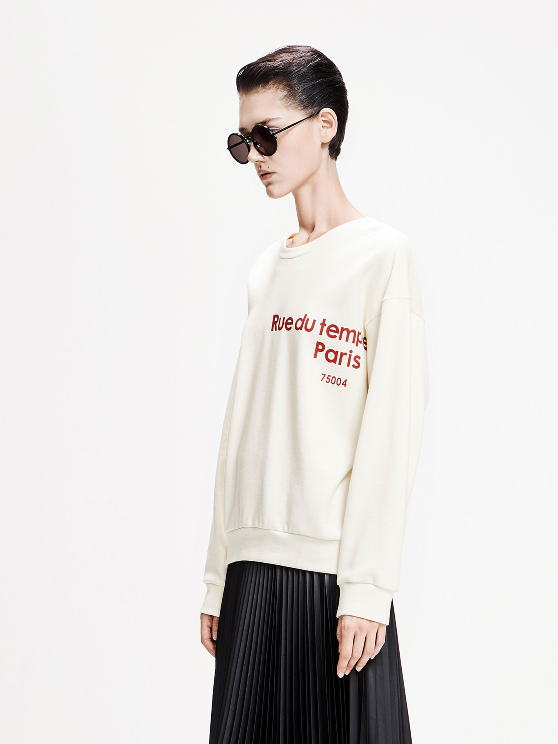 「春季新品」设计感圆领字母卫衣